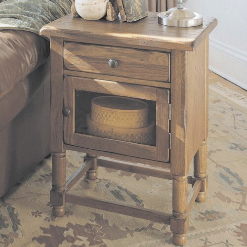 Broyhill® Attic Chairside Table