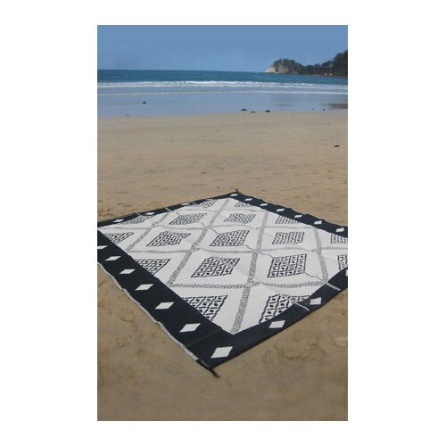 Fab Rugs Troy Outdoor Rug in Black & Cream