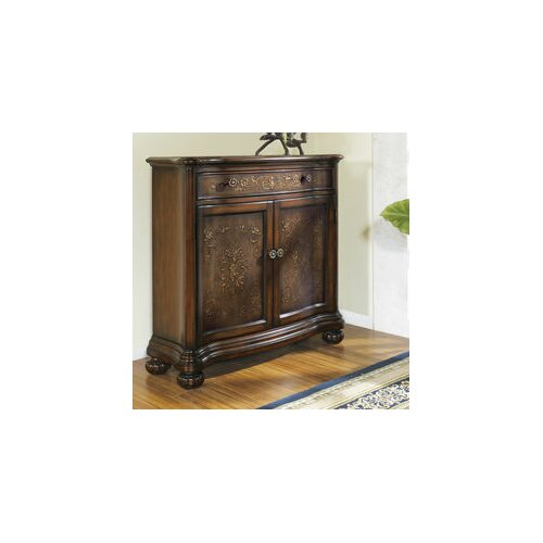 Pulaski Furniture Timeless Classics 1 Drawer 2 Door Accent Chest