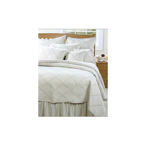 Amity Home Windsor Quilt