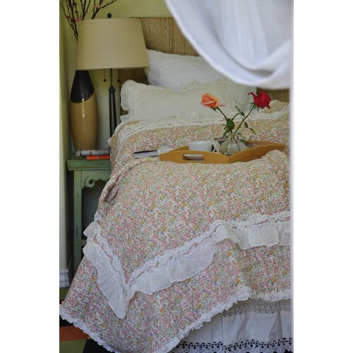 Amity Home Anabell Quilt Set