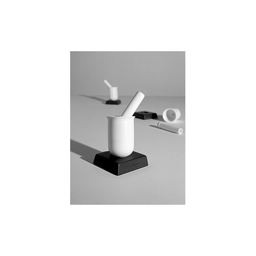 Designfenzider Salt and Pepper No.4 in Black and White