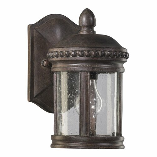 Quorum Dauphine 1 Light Outdoor Wall Lantern