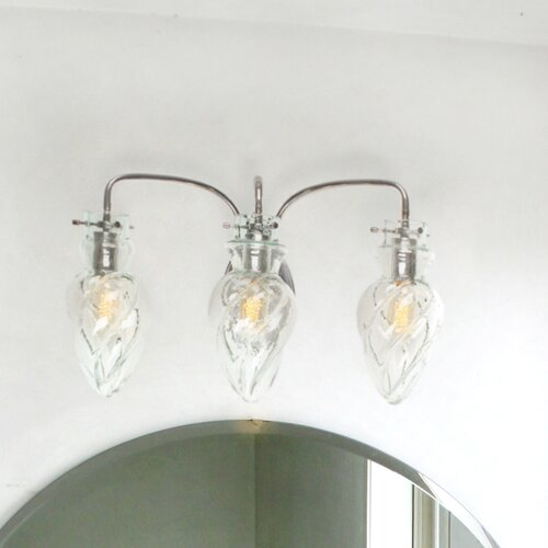 Varaluz vintage 3 light bath vanity light reviews wayfair for Vintage bathroom lighting fixtures