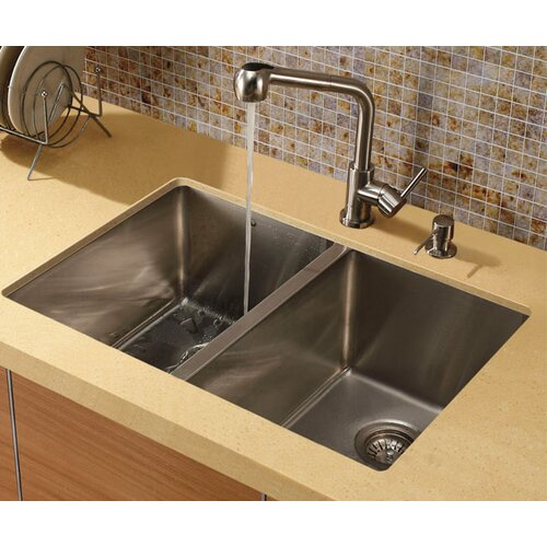 One Handle Single Hole Pull-Out Spray Kitchen Faucet with 13
