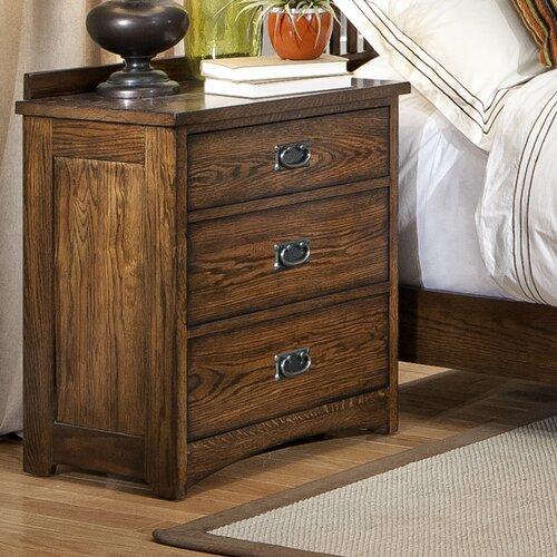 Oakhurst 3 Drawer Nightstand