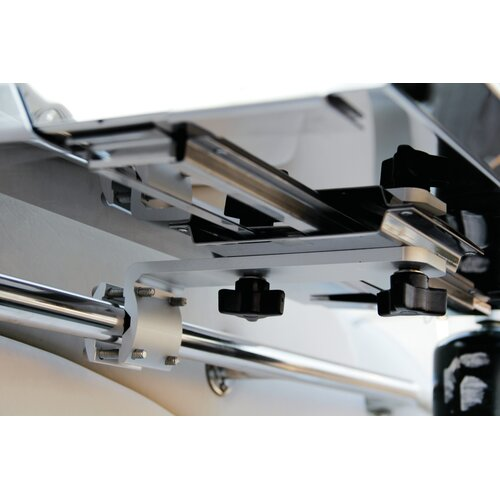 Kuuma Products In / Outboard Rail Grill Mount