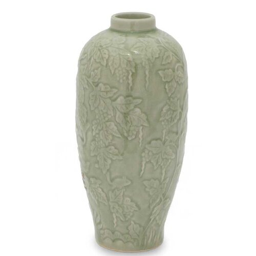 Rampant Vineyard Vase