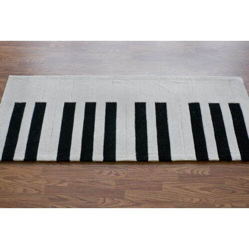 NuLOOM Cine White Piano Outdoor Area Rug & Reviews