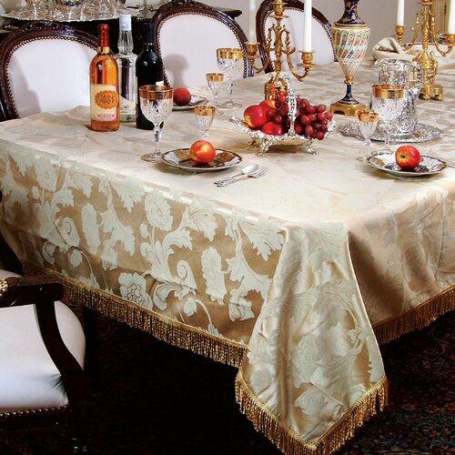 Violet Linen Classic Damask Design Fringes Tablecloth
