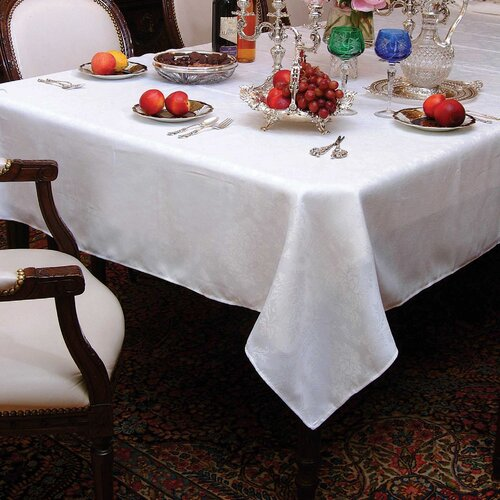 Violet Linen European Damask Design Tablecloth