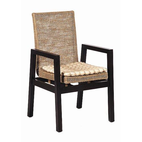 Snug Lumbar Arm Chair