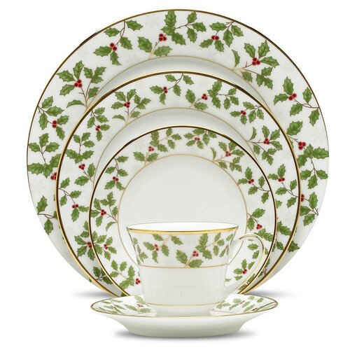 Holly and Berry Gold 5 Piece Place Setting