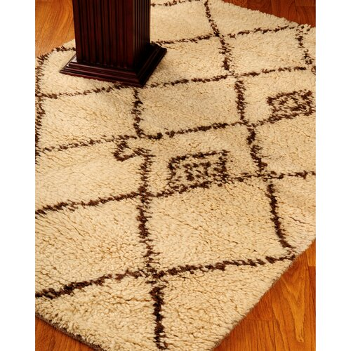 Classic Cream Geometric Indoor Rug