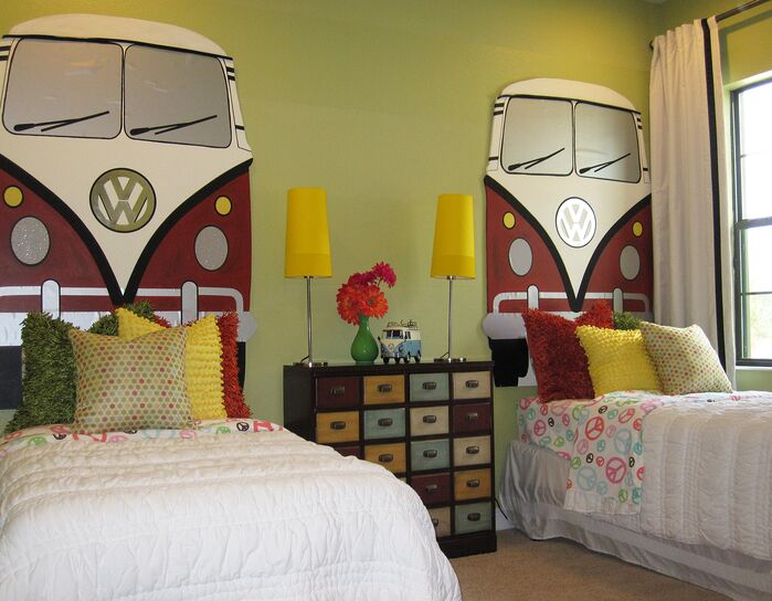 Eclectic Kids photo by Masterpiece Interiors, Inc.