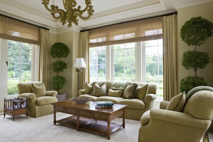 Traditional Living Room photo by SLC Interiors