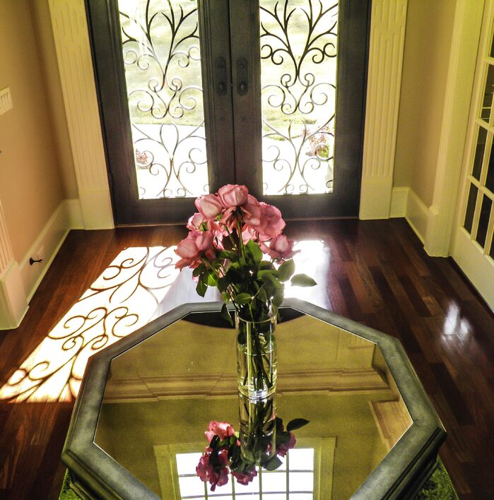 Traditional Entryway and Hallway photo by cg creative interiors