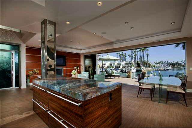 Coastal Kitchen photo by Beverly Hills Interiors
