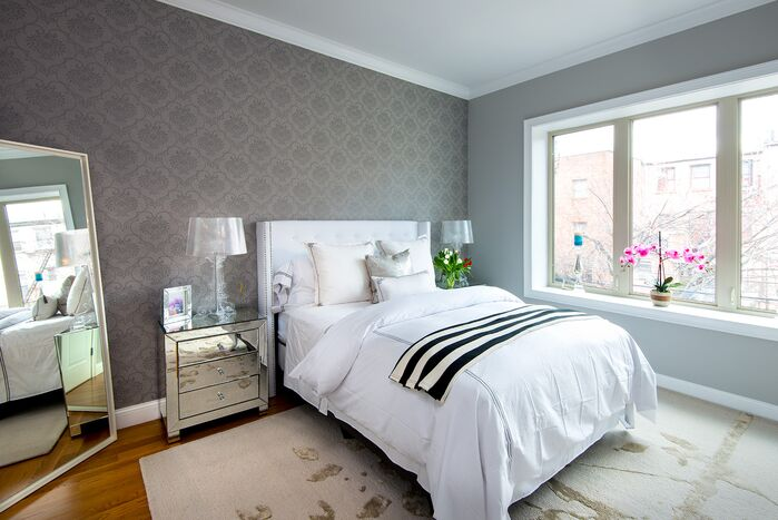 Glam Bedroom photo by Tahar Decor