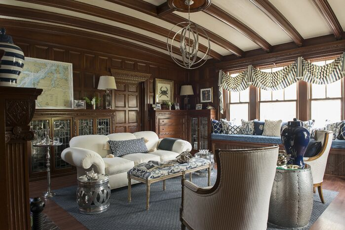 Traditional Living Room photo by Timeless Design