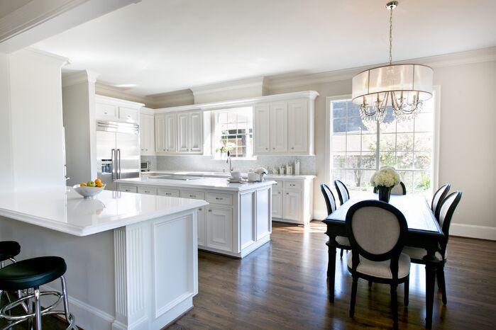 Traditional Kitchen photo by Contour Interior Design