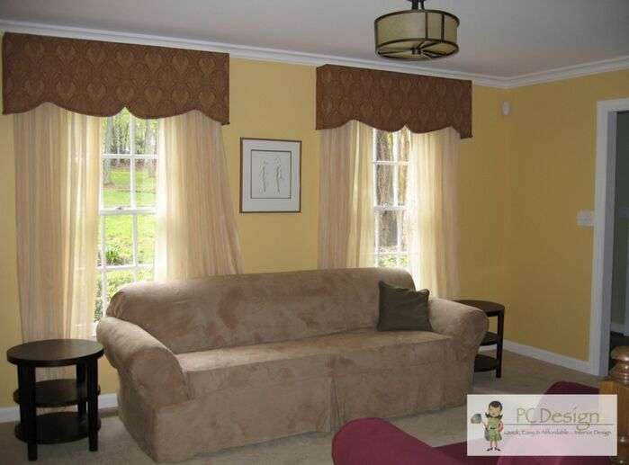 Traditional Living Room photo by Castellini Interior Design