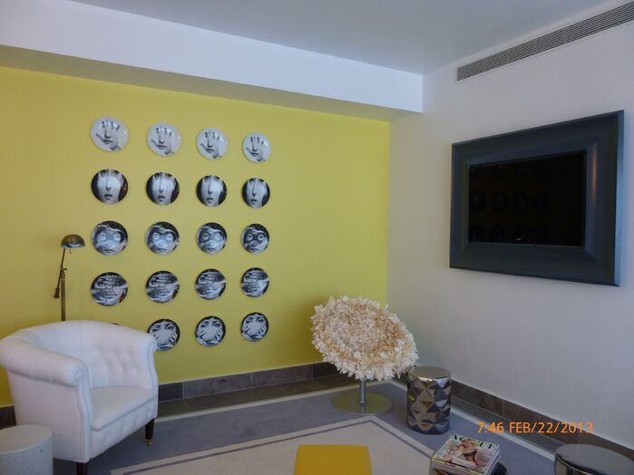 Modern Living Room photo by Urvan Studios