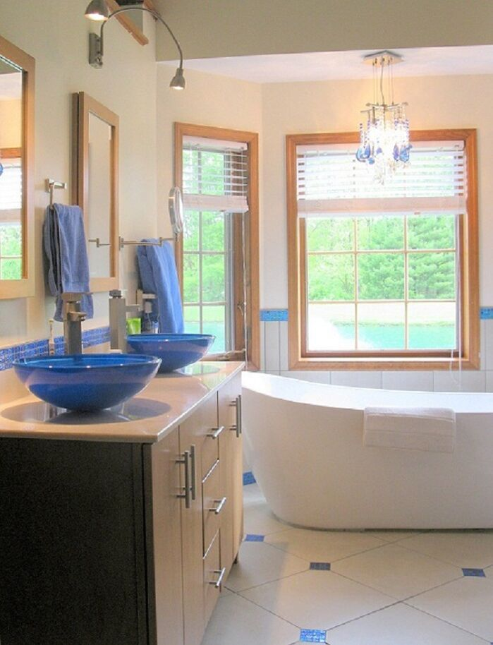 Contemporary Bathroom photo by Tyson Designs