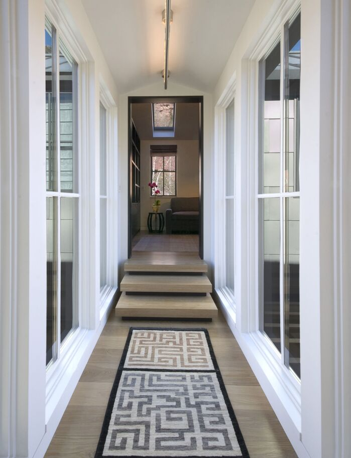 Contemporary Entryway and Hallway photo by Studio Frank