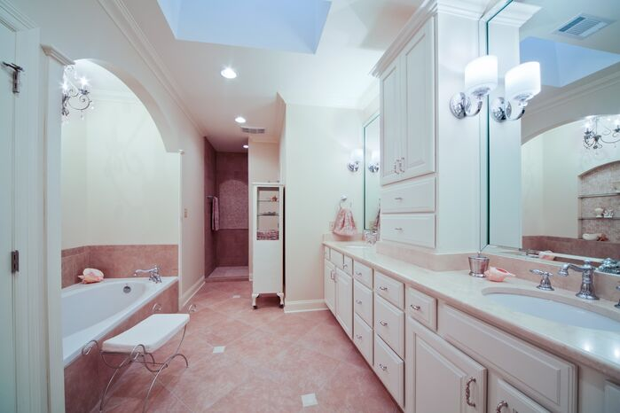Traditional Bathroom photo by red river remodelers