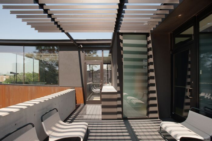Modern Exterior/Patio photo by Fitzsimmons Architects
