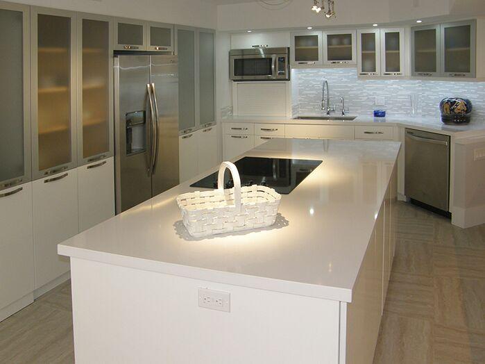 Contemporary Kitchen photo by Ken Golen Design