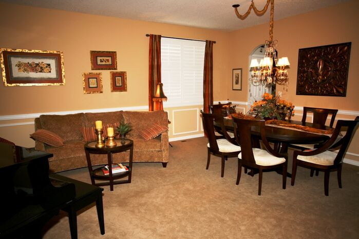 Traditional Dining Room photo by Carma for Design