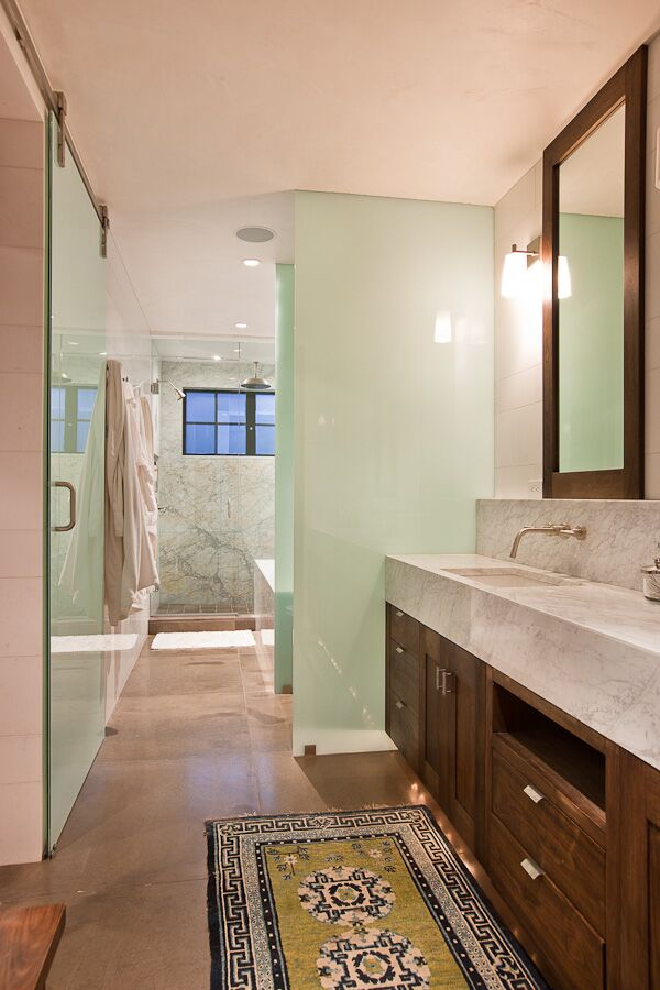 Contemporary Bathroom photo by Studio Frank