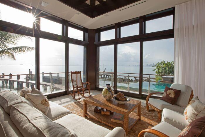 Contemporary Exterior/Patio photo by B. Pila Design Studio