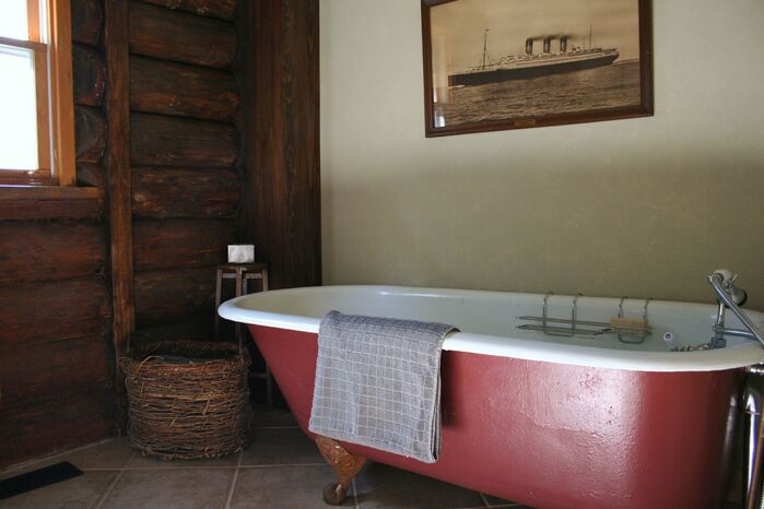 Rustic Bathroom photo by catlin stothers design
