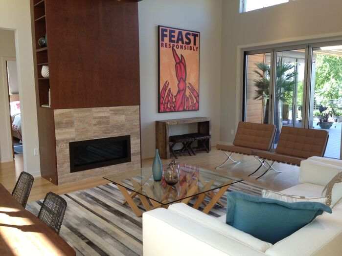 Contemporary Living Room photo by Blu Homes