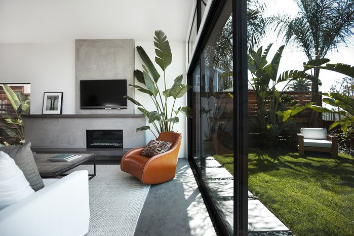 Modern Living Room photo by EIS Studio