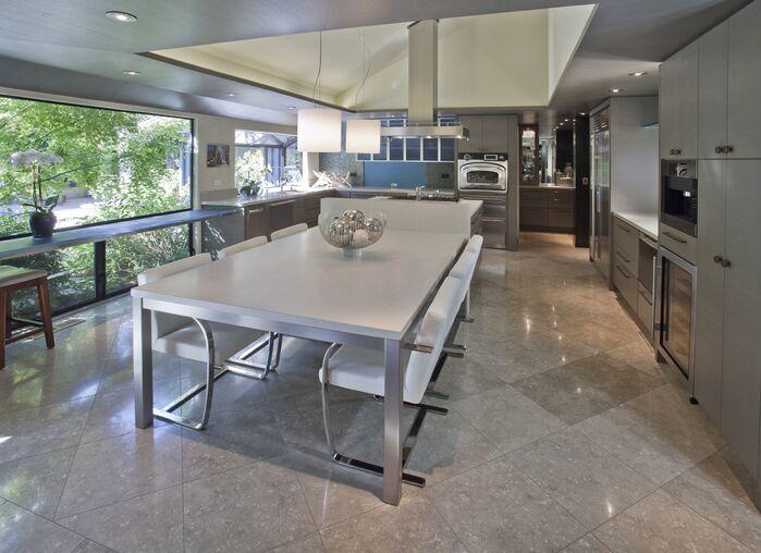 Modern Dining Room photo by Benning Design