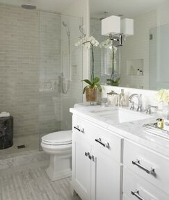 Contemporary Bathroom photo by Urrutia Design