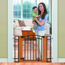 <strong>Summer Infant</strong> Stylish and Secure Wood and Metal Walk-Thru Gate