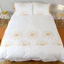 <strong>threesheets2thewind</strong> Rosette Duvet Collection