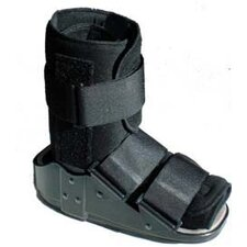 <strong>Elite Orthopaedics</strong> Advantage II Short Ankle Walker