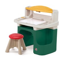 Art Master Activity Desk in Green