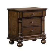 Cape Cod 3 drawer Night Stand