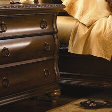 <strong>Universal Furniture</strong> Bolero Bedside Chest