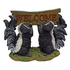 <strong>Design Toscano</strong> Something is in the Air Skunk Welcome Garden Sign