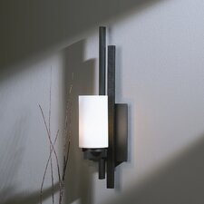 <strong>Hubbardton Forge</strong> Ondrian 1 Light Wall Sconce