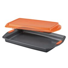 Yum-O Nonstick Covered Cookie Pan with Lid
