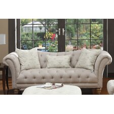 <strong>Emerald Home Furnishings</strong> Hutton Sofa